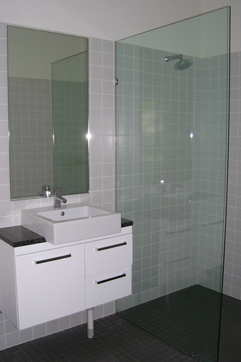 frameless glass shower screens, splashback glass